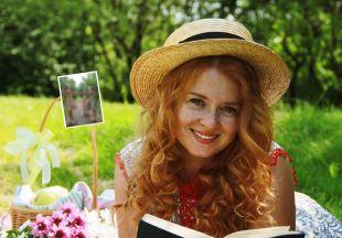 Три златовласки: Екатерина Копанова впервые поделилась снимком с дочками